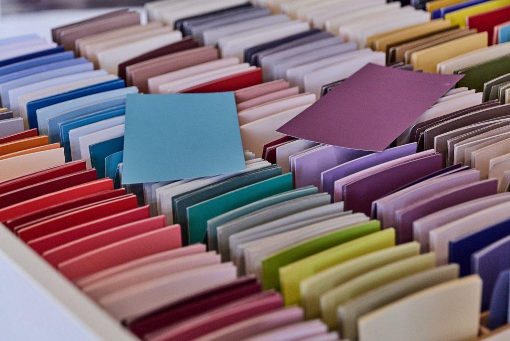 Large choix de couleurs peinture